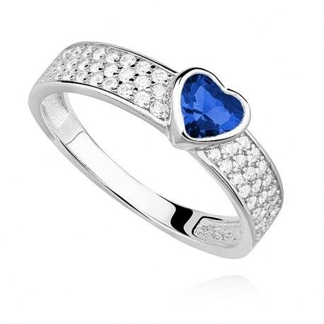 Srebrny pierścionek serce szafir