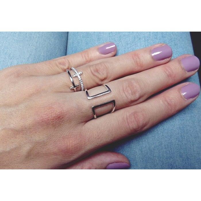 Modny srebrny pierścionek