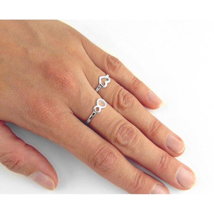 Srebrny pierścionek knuckle ring serce