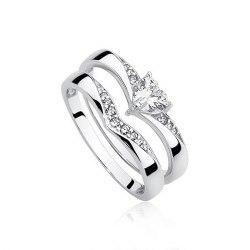 Zestaw srebrnych pierścionków z sercem
