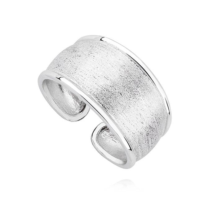 Duży srebny pierścionek szczotkowany