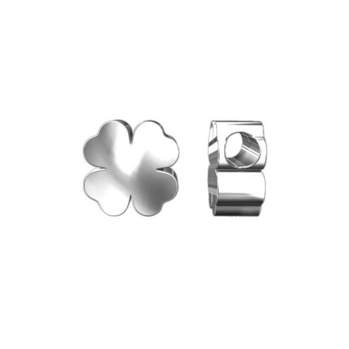 Srebrny wisiorek czterolistna 3D