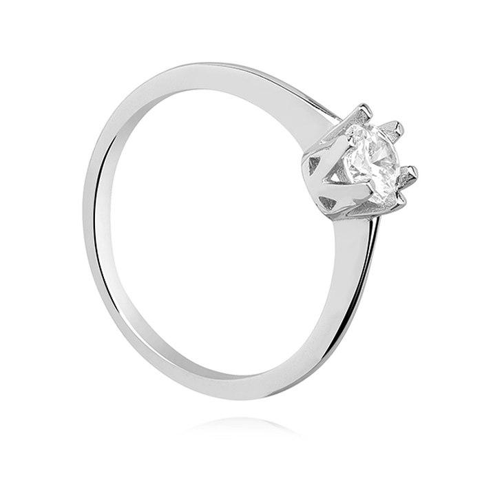 Klasyczny zaręczynowy pierścionek z cyrkonią