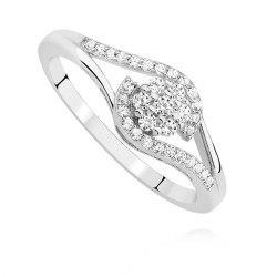 Srebrny zaręczynowy pierścionek z cyrkoniami