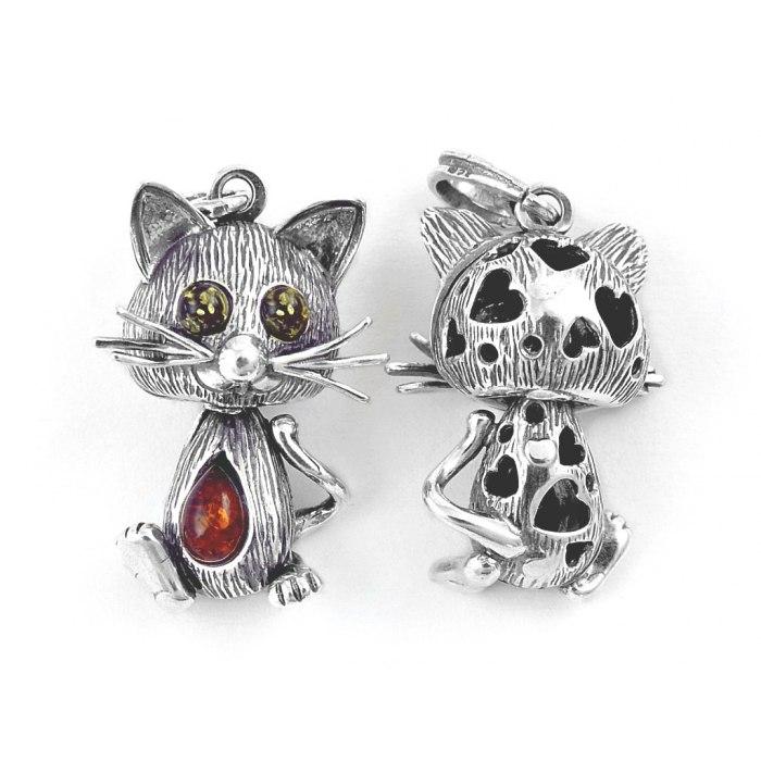 Srebrny trójwymiarowy kotek mix bursztyn