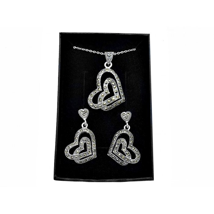 Elegancki srebrny komplet serca + pudełko
