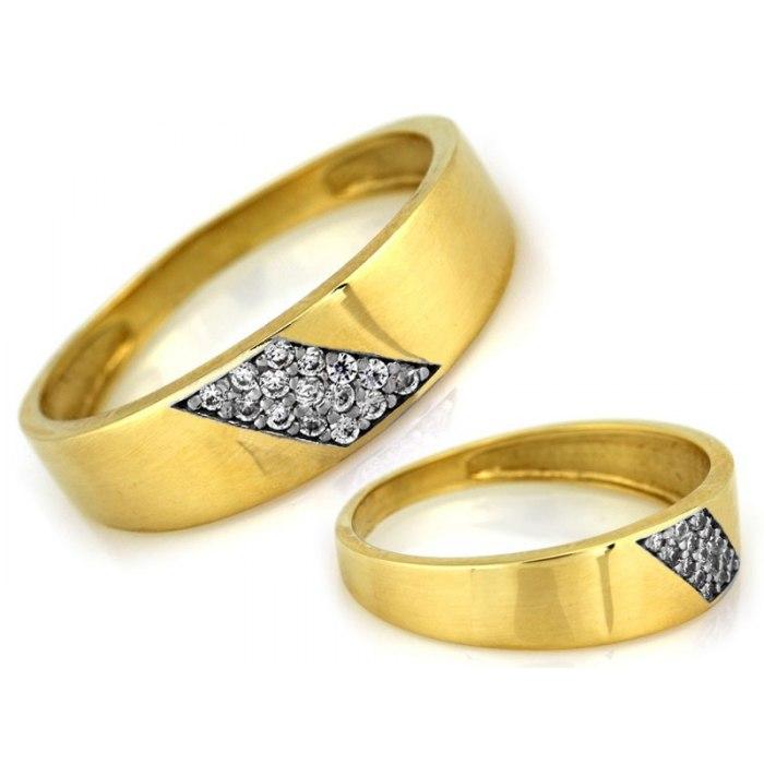 Złoty 333 pierścionek obrączka cyrkonie pudełko
